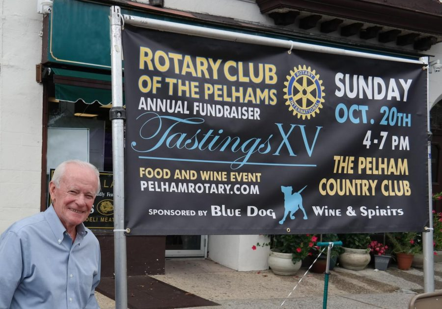 Rotary+President+Marty+Ketels+at+the+recent+Wolfs+Walk+event+in+downtown+Pelham.