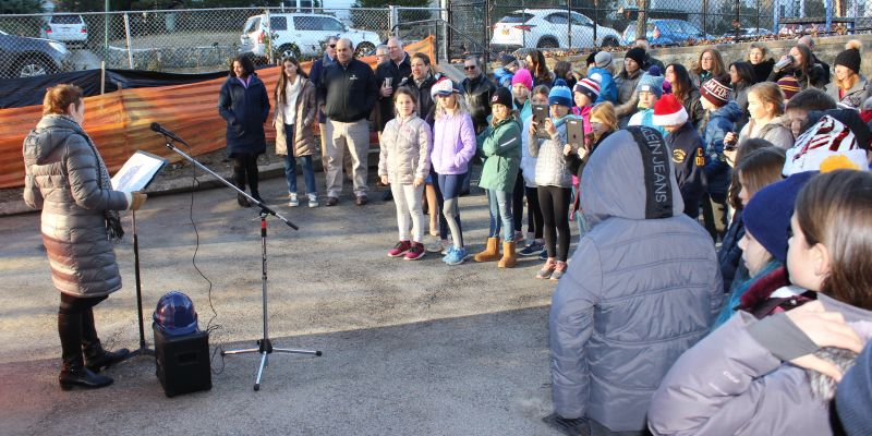 Officials+break+ground+on+Siwanoy+outdoor+classroom