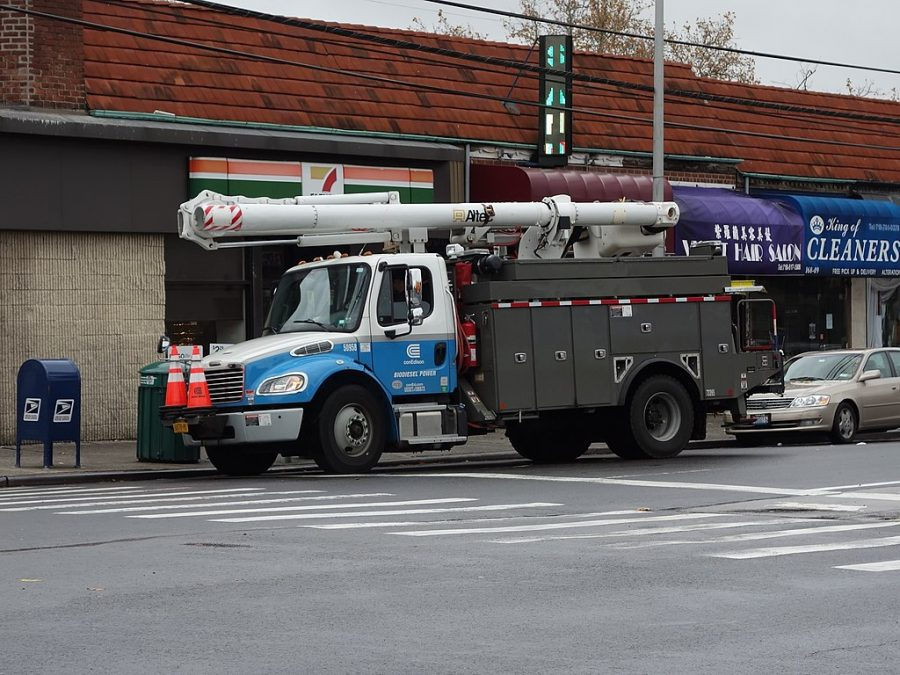 File+photo+of+Con+Ed+truck.