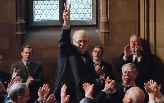Gary+Oldman+as+Winston+Churchill+in+%22The+Darkest+Hour.%22