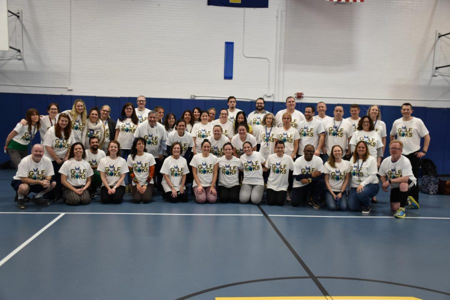 Foto Feature: PMS and PMHS faculty run the pacer test to fundraise for Roksvold Children Education Fund
