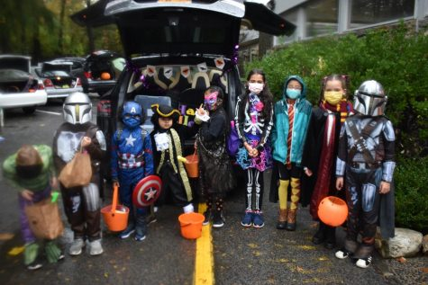 Foto Feature: Trunk or treat! Huguenot Children