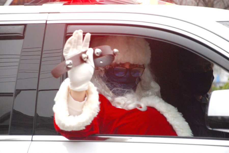 Foto Feature: Pelham decorates for holidays at home