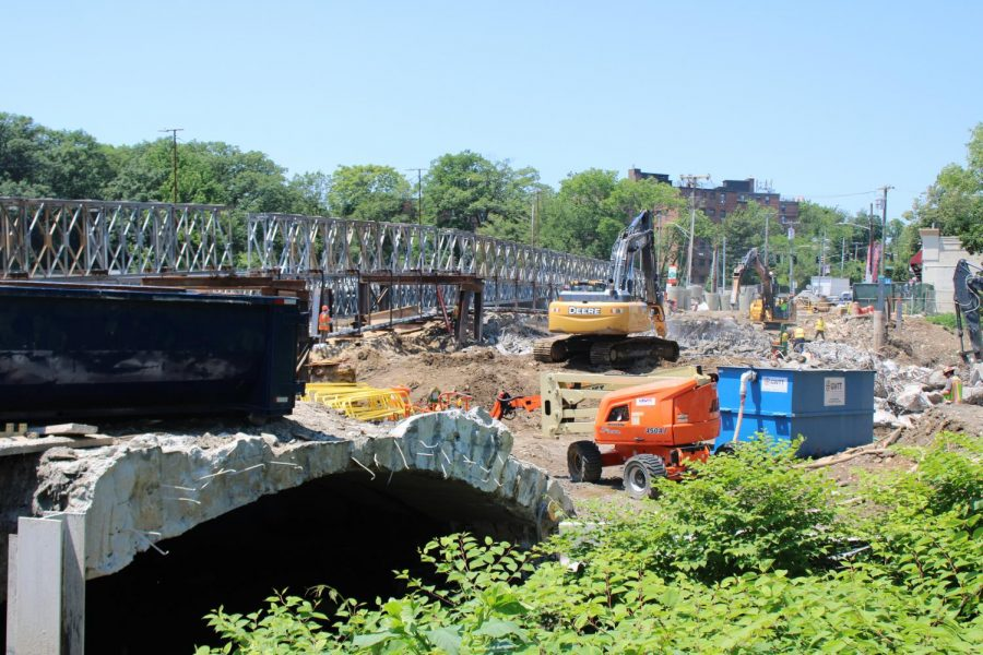 Lincoln Avenue bridge is coming down; traffic is a mess