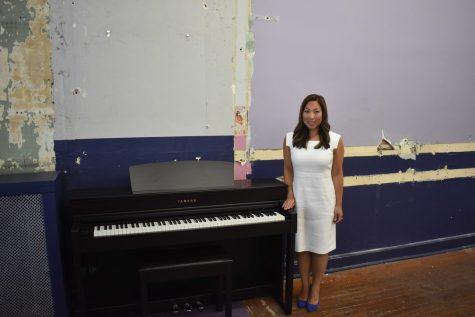 Lauren Dunkelberger in new Premier Music Studio