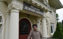Rabbi Benjamin Resnick at the Pelham Jewish Center.